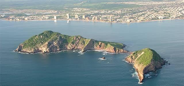 Isla del medio Mazatlàn.